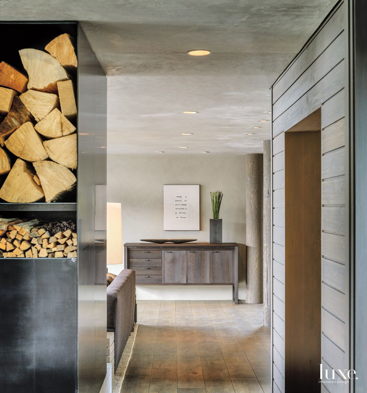 Understated Modernism in a Stunning Montana Home