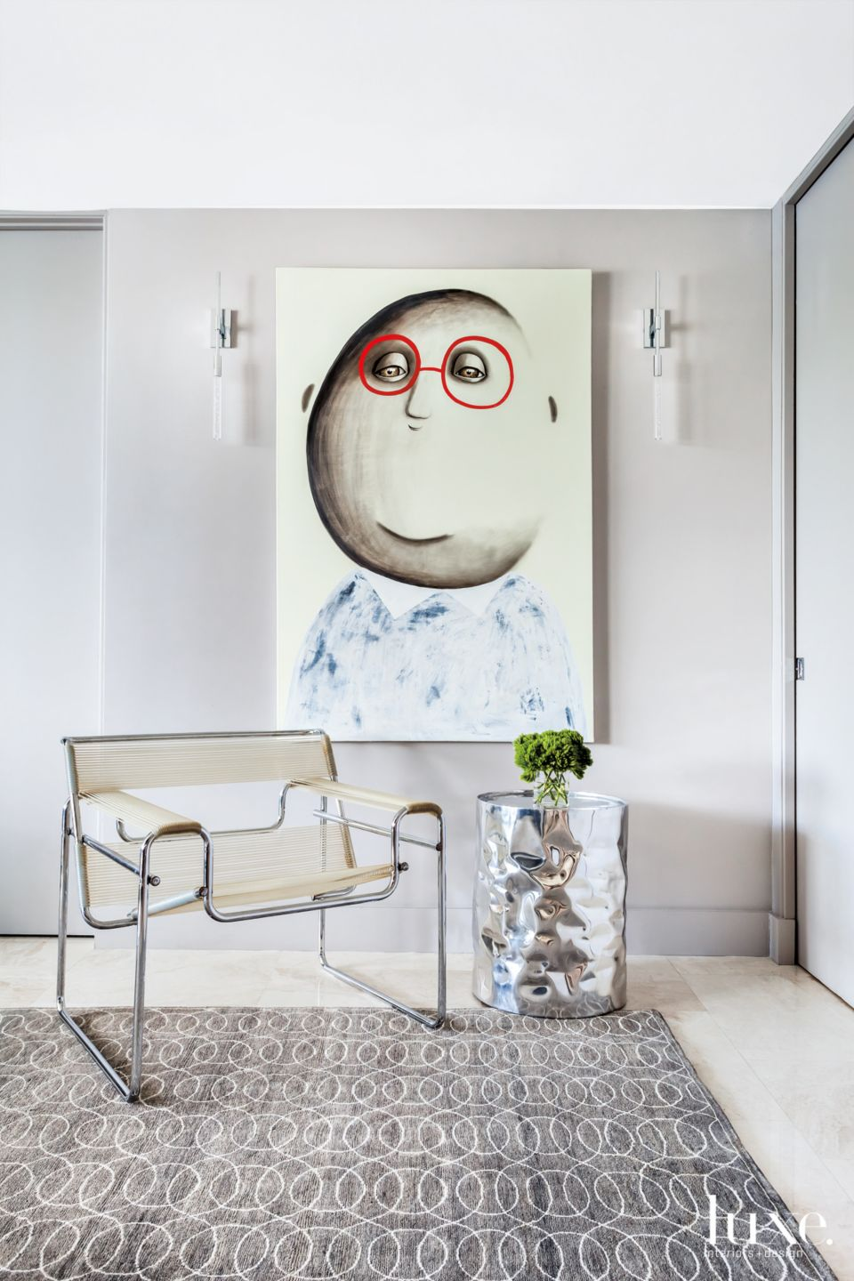 Art Dominates the Accent Wall in Fort Lauderdale Condo