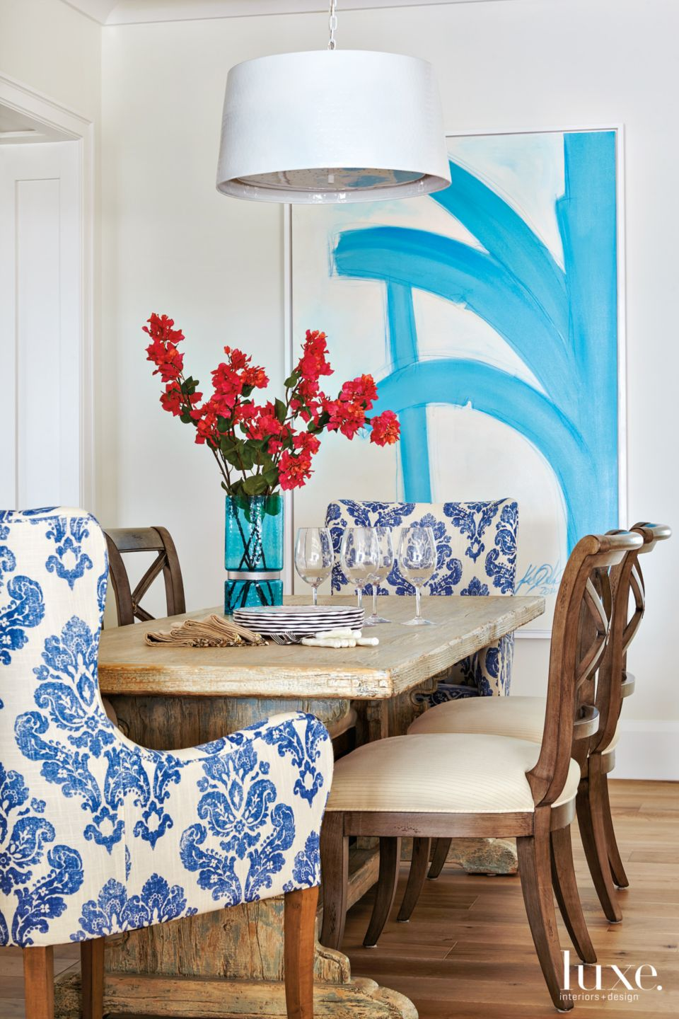 Coastal Comfort in Palm Beach Dining Room