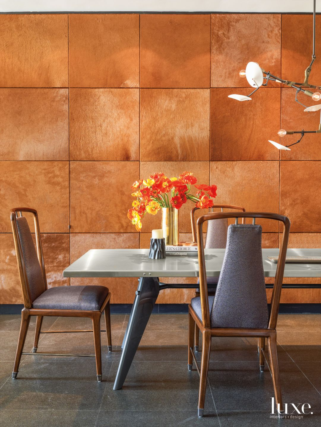 Organic Pieces Bring Heart to Fashionable New York City Apartment