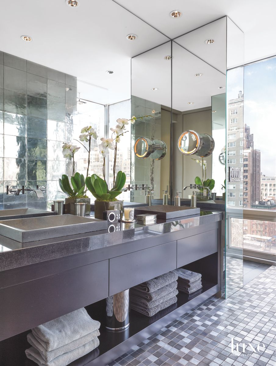 New York City Bathroom Inspired by the View Outside the Windows