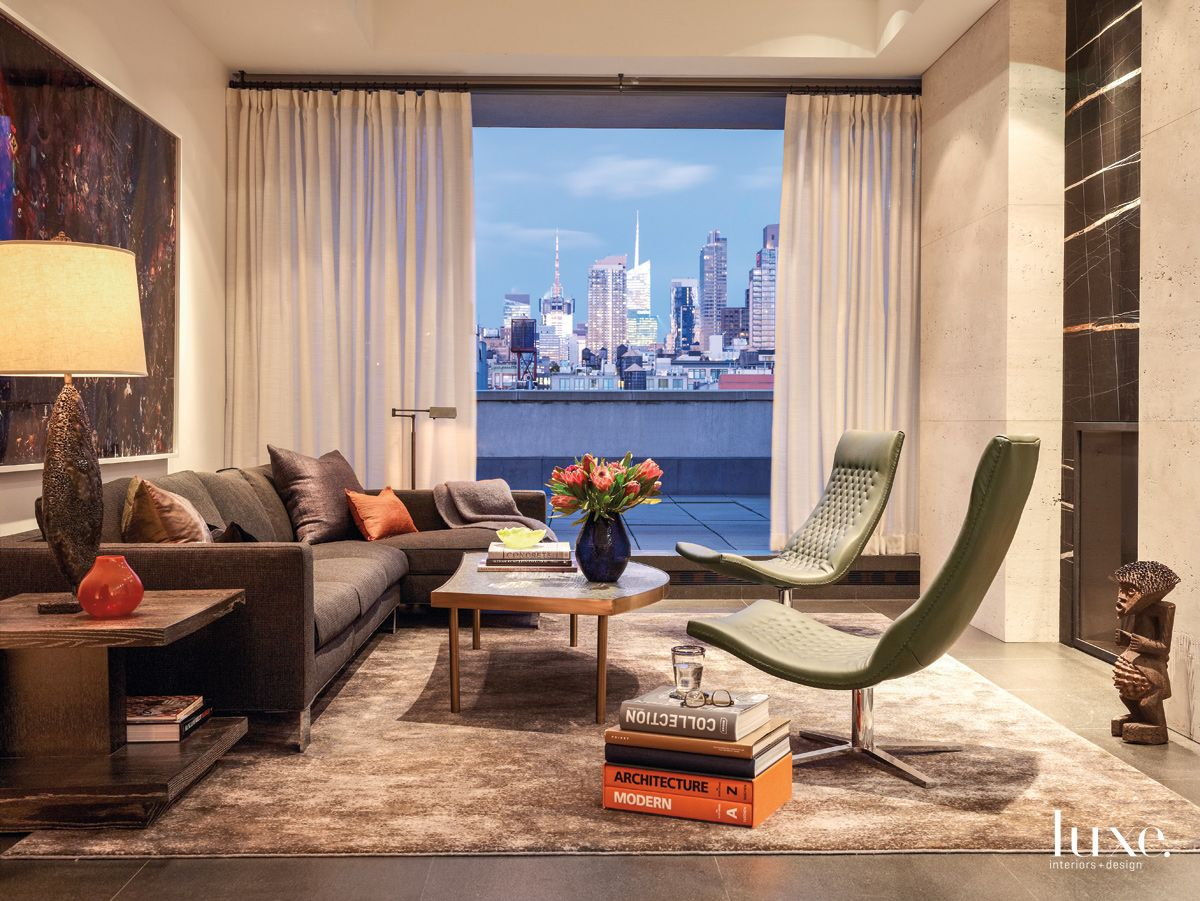 A Fireplace to Compete with the View in Fashionable New York City Apartment