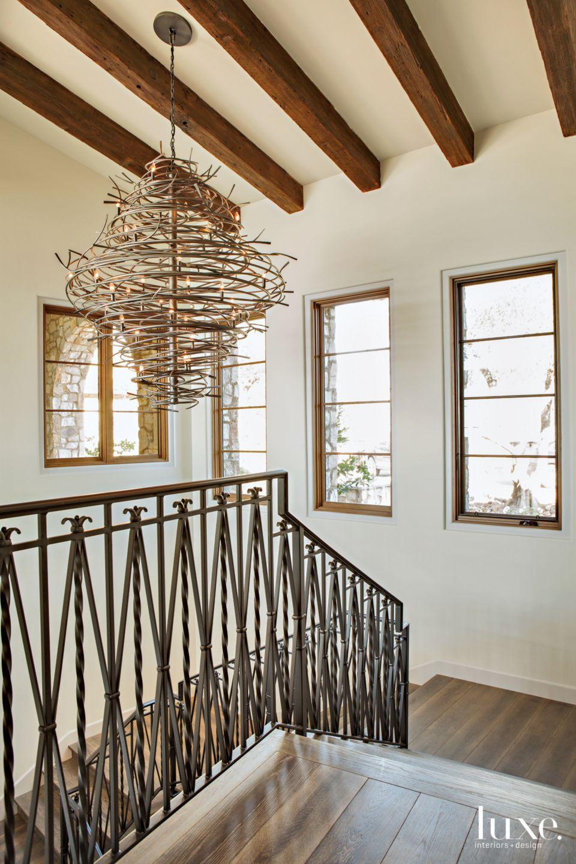 Sculptural Drama in Modern Mediterranean San Diego Home