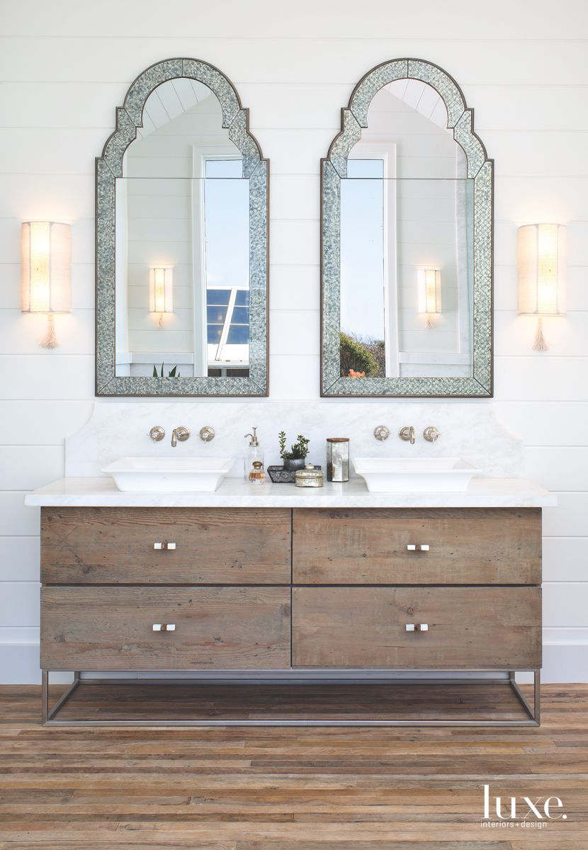 Organic Touches in Beachy Solana Beach Master Bath