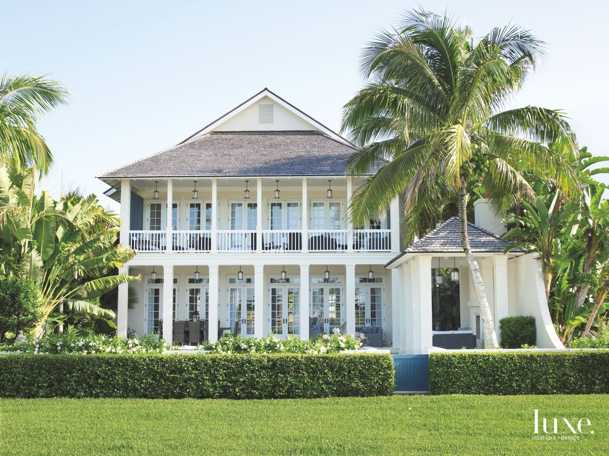 Traditional Seaside Home in Palm Beach