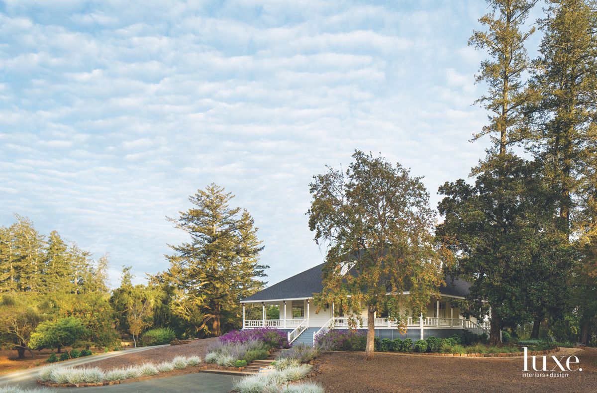 Historic Calistoga Home with Wraparound Porch