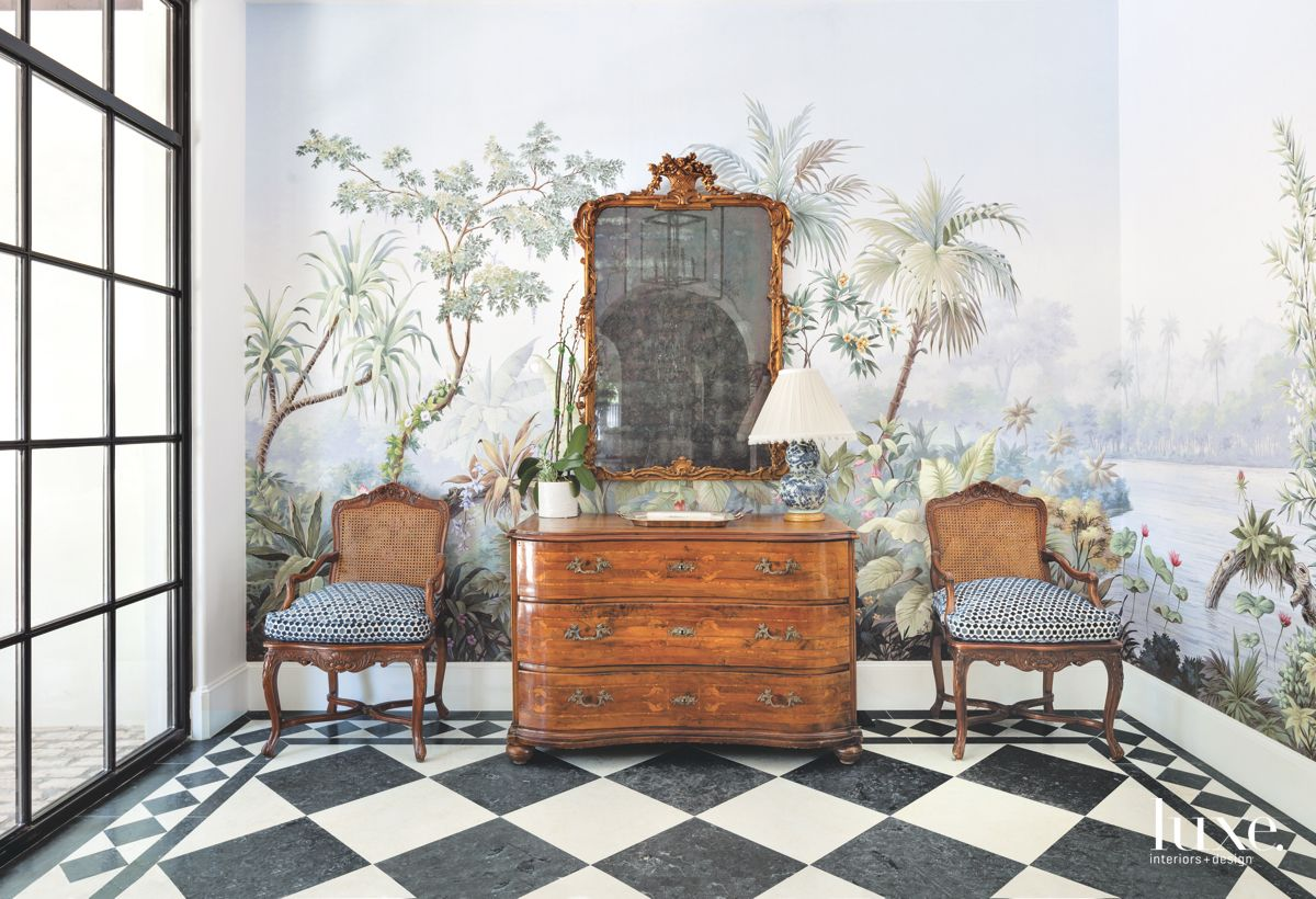 Patterned Wallpaper Lends Drama To Traditional Dallas Foyer