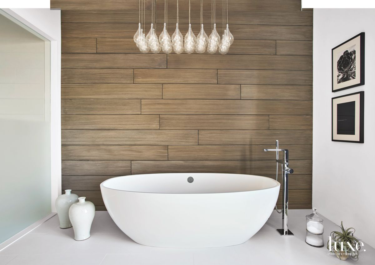 Wood-Paneled Master Bath in Contemporary Chicago Apartment