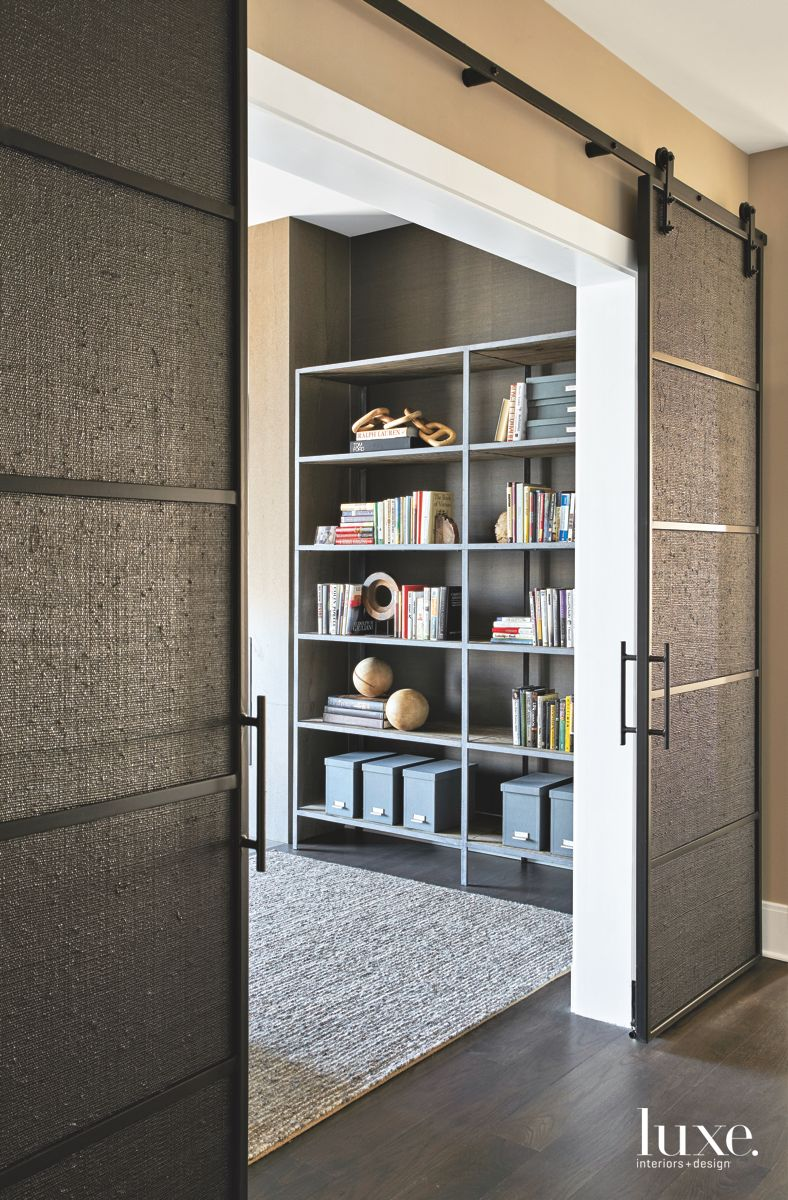 Textured, Custom Elements Enliven Contemporary Chicago Media Room