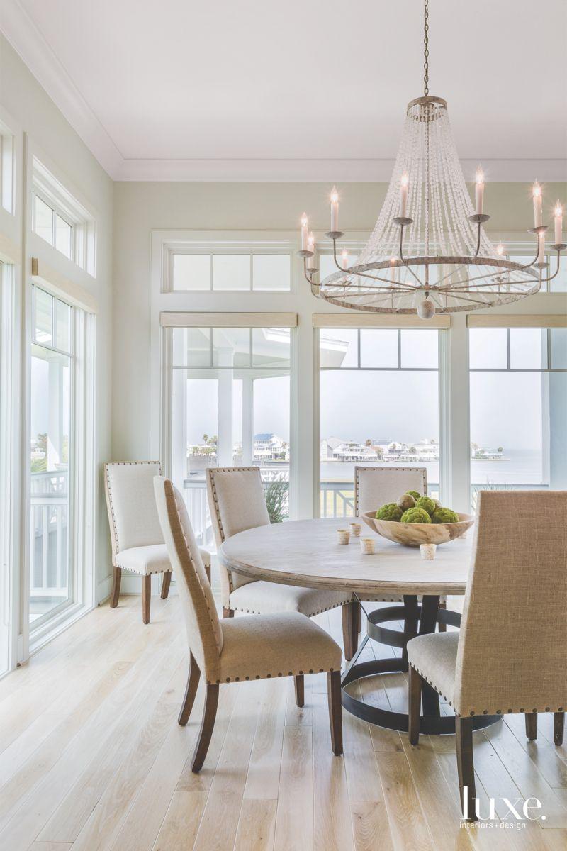Coastal Views Dominate Galveston Breakfast Room