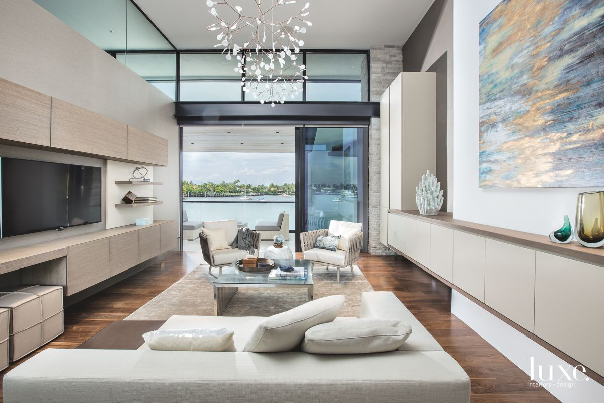 Contemporary Home Office in Fort Lauderdale With Custom Finishes