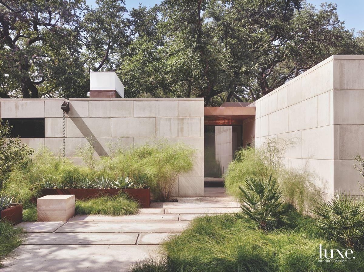 Nature-Inspired Modern San Antonio Home