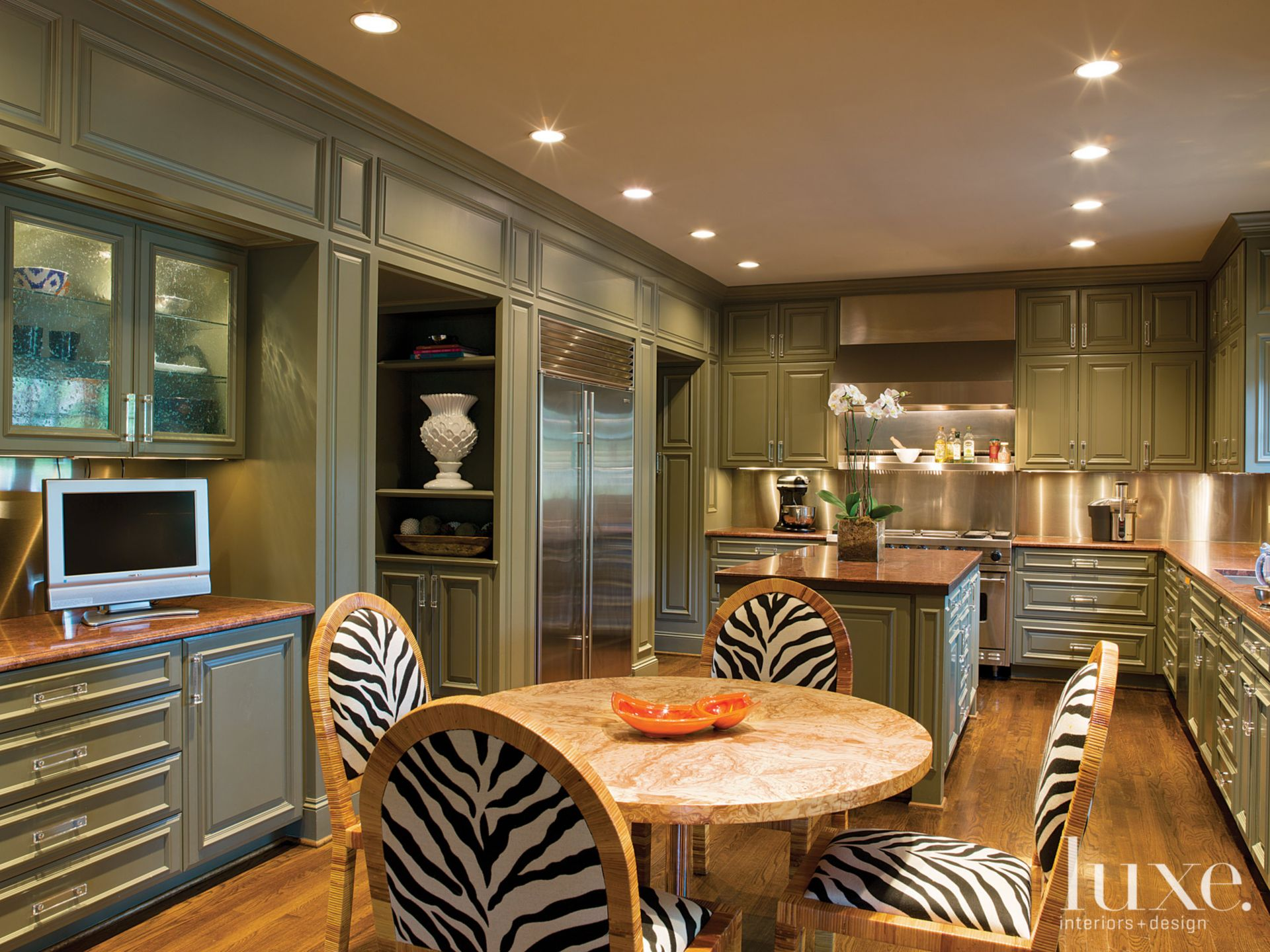 Eclectic Olive Kitchen and Breakfast Area