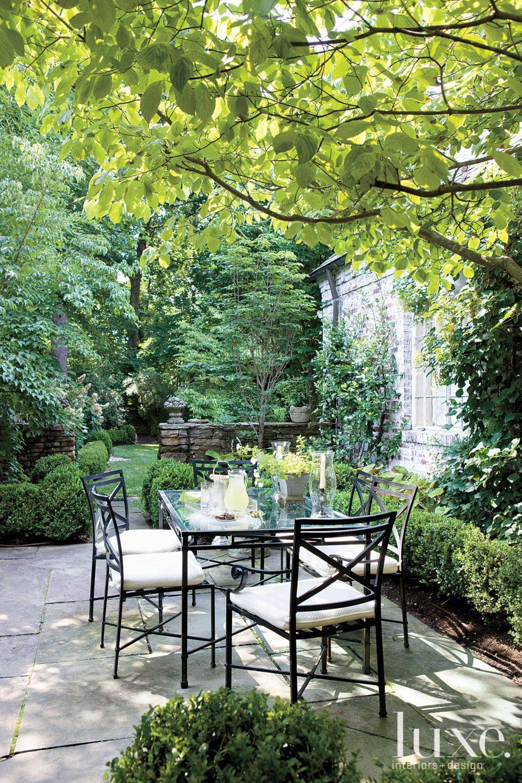Traditional Garden Terrace