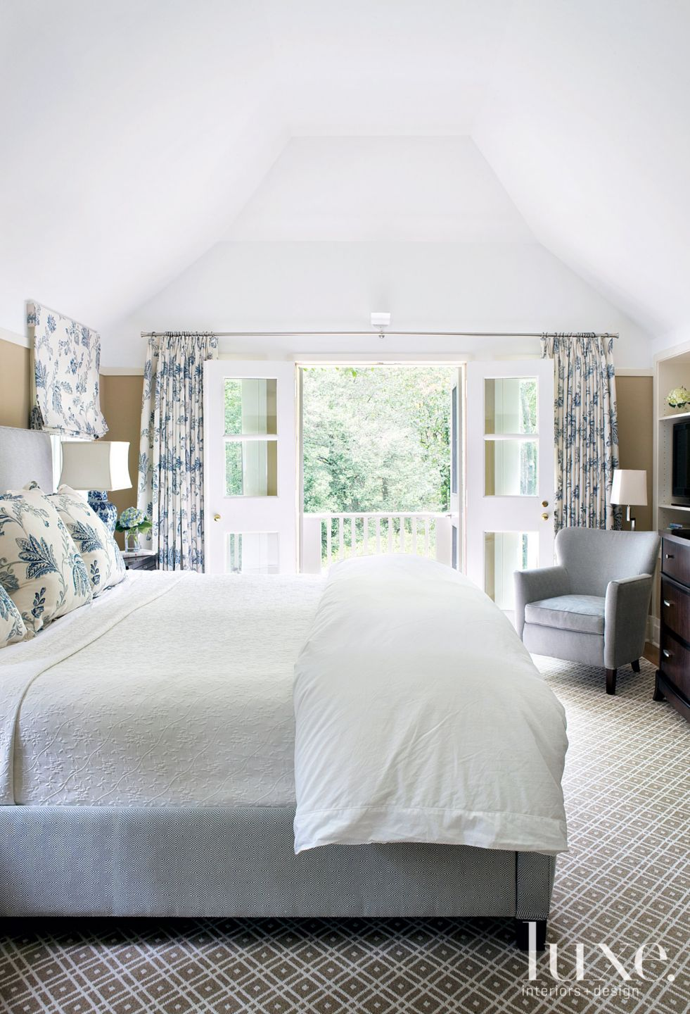 Transitional White Bedroom with Wool Carpet