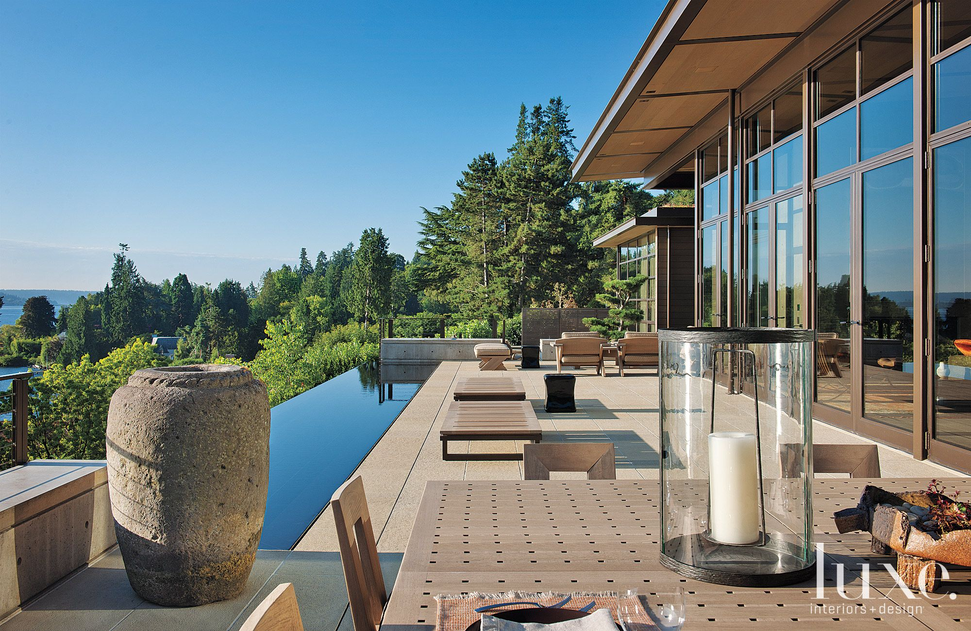 Contemporary Neutral Exterior with Infinity Pool