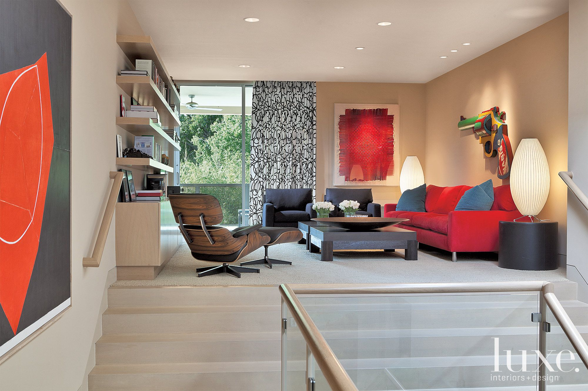 Red-Accented Contemporary Sitting Room