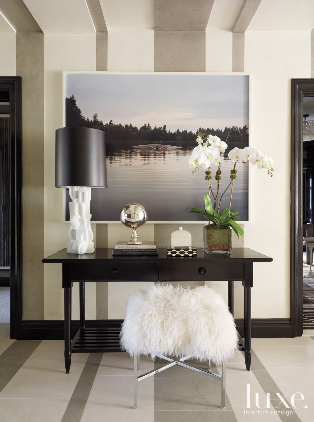 Modern Striped Entryway with Console
