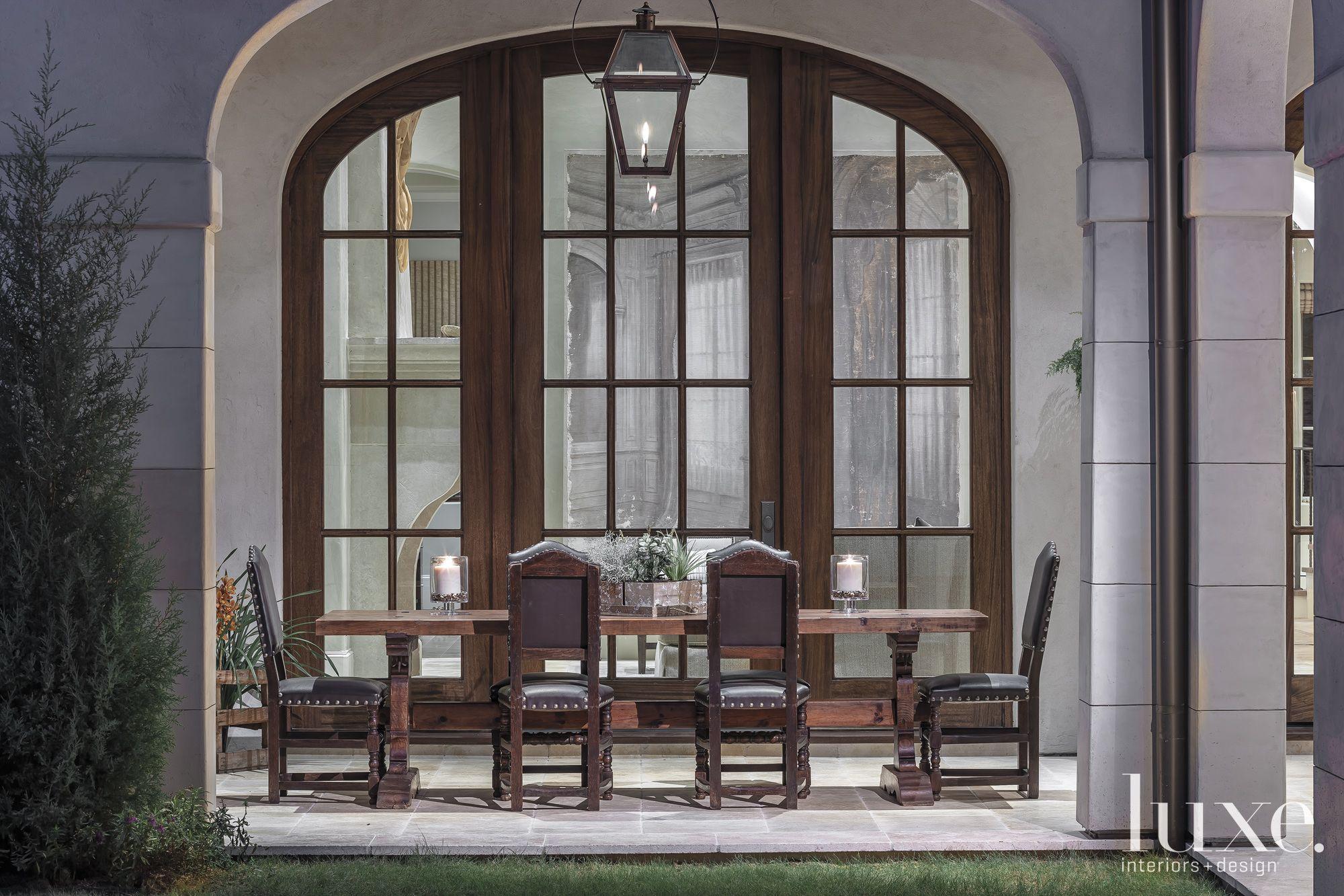 Italian Style Outdoor Dining Area