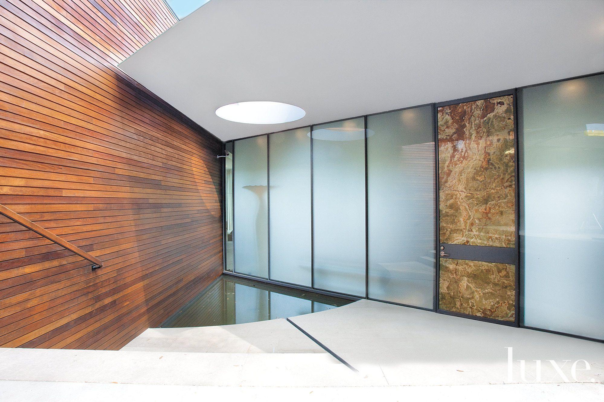 Contemporary Entryway