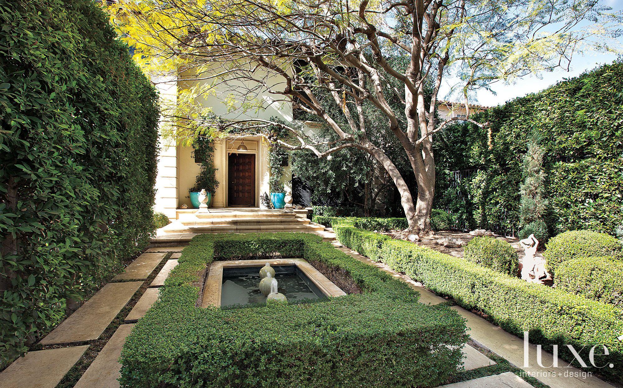 Mediterranean Front Entry Courtyard