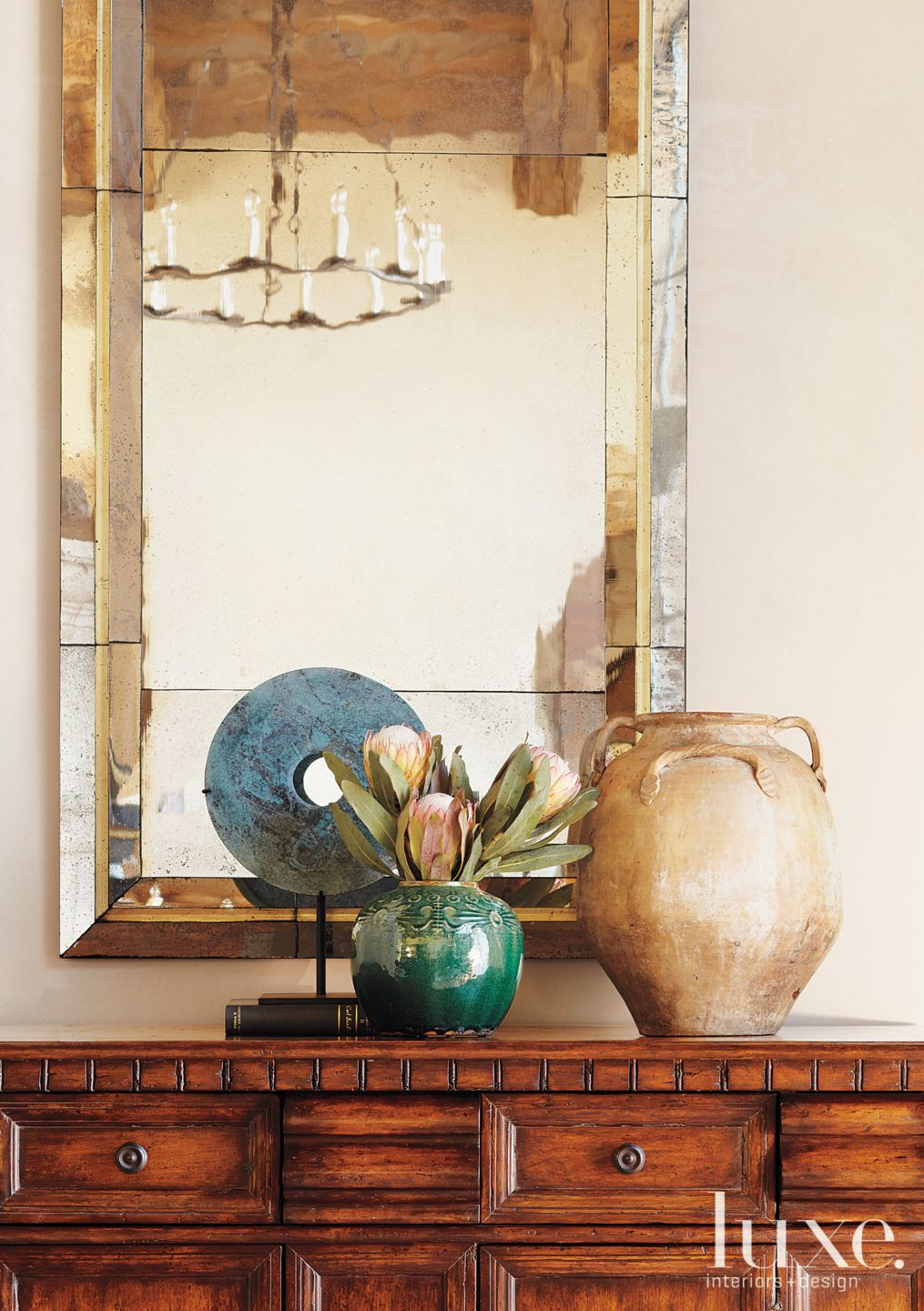 Mountain Cream Hall with Rustic Mirror