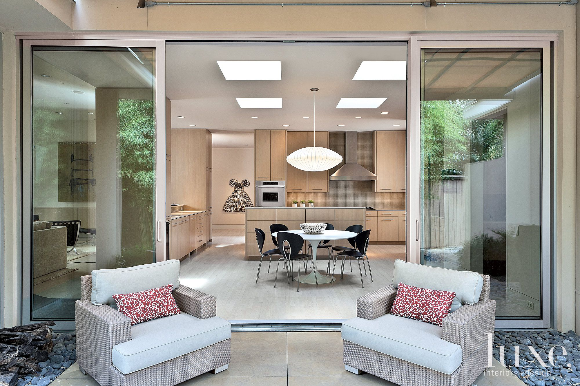 Cream Contemporary Kitchen Courtyard