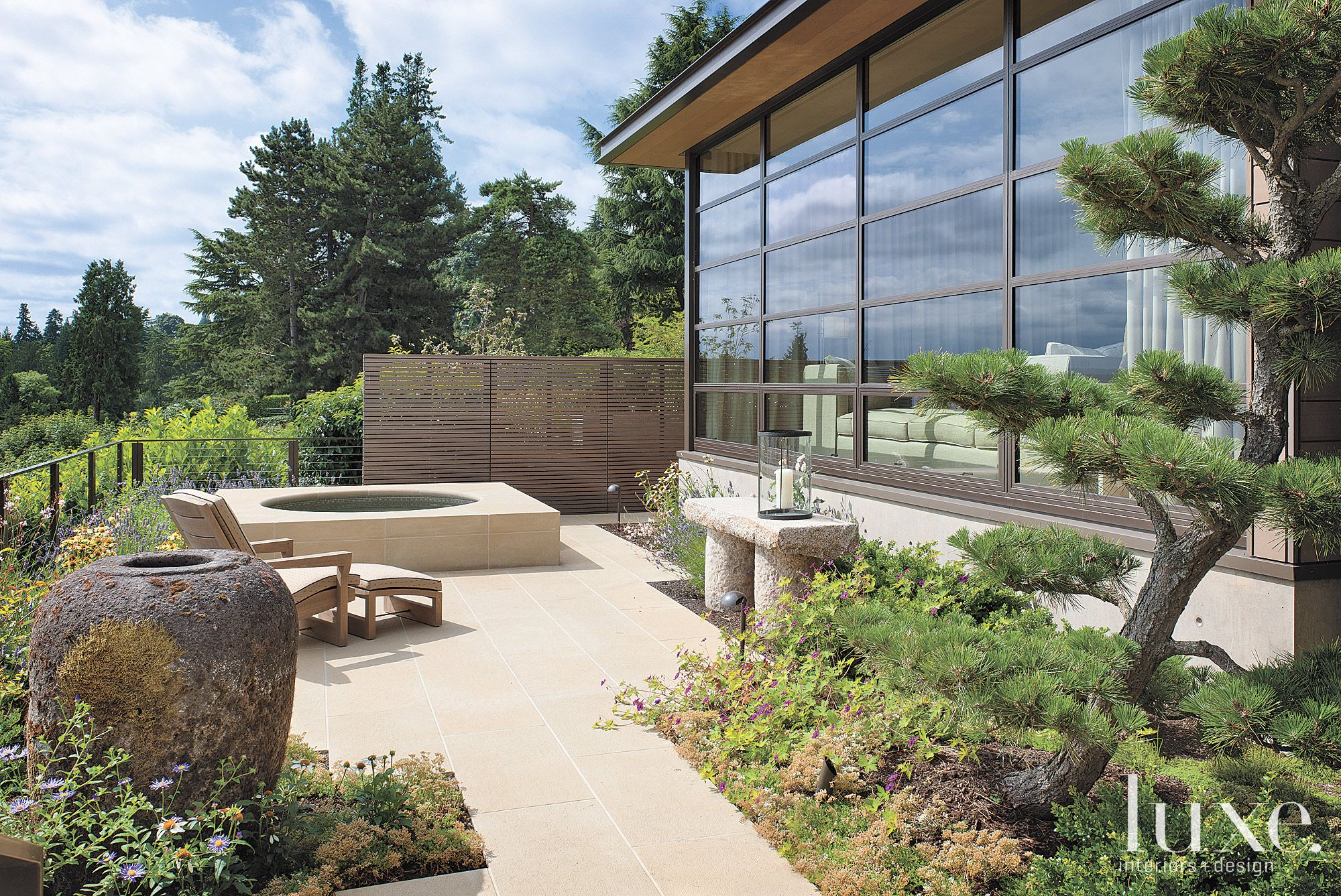 Contemporary Neutral Terrace with Sandstone Structure