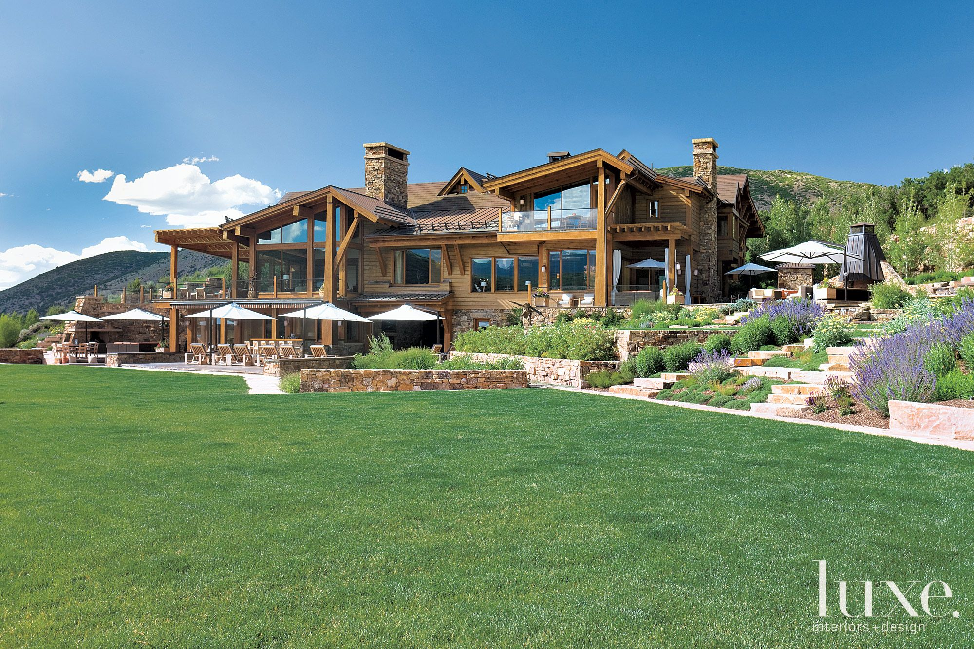 Mountain Neutral Exterior with Post-and-Beam Structure