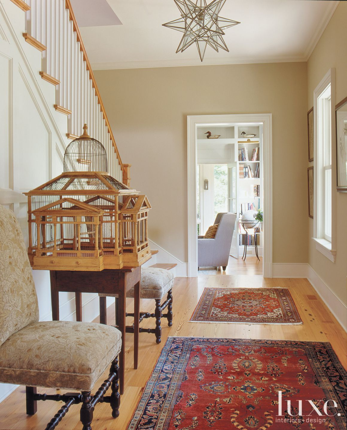 Country Neutral Staircase