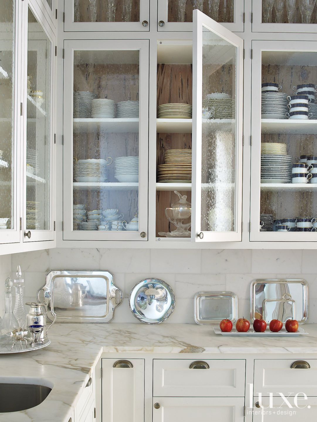 Contemporary White Kitchen Detail with Bubble Glass
