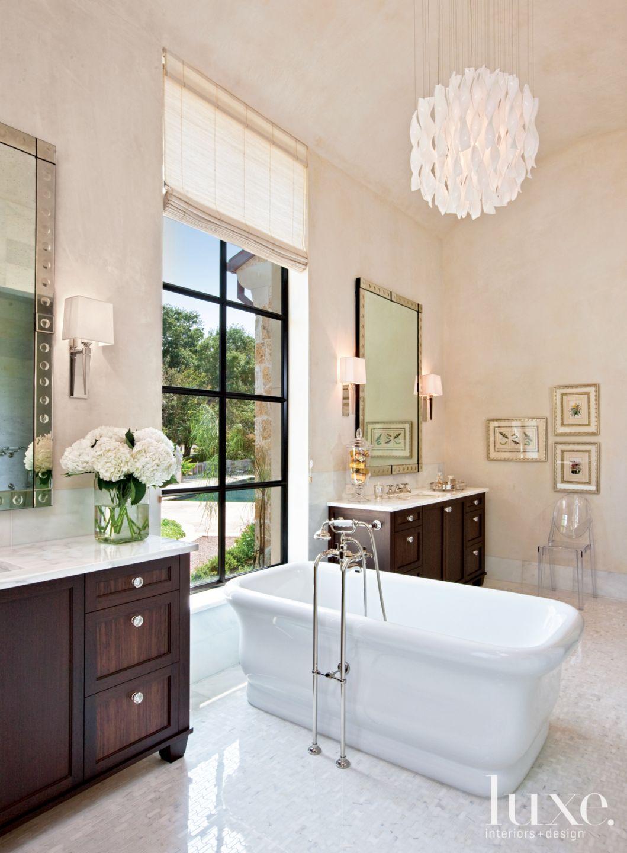 Contemporary White Bathroom with Ribbon Pendant Light