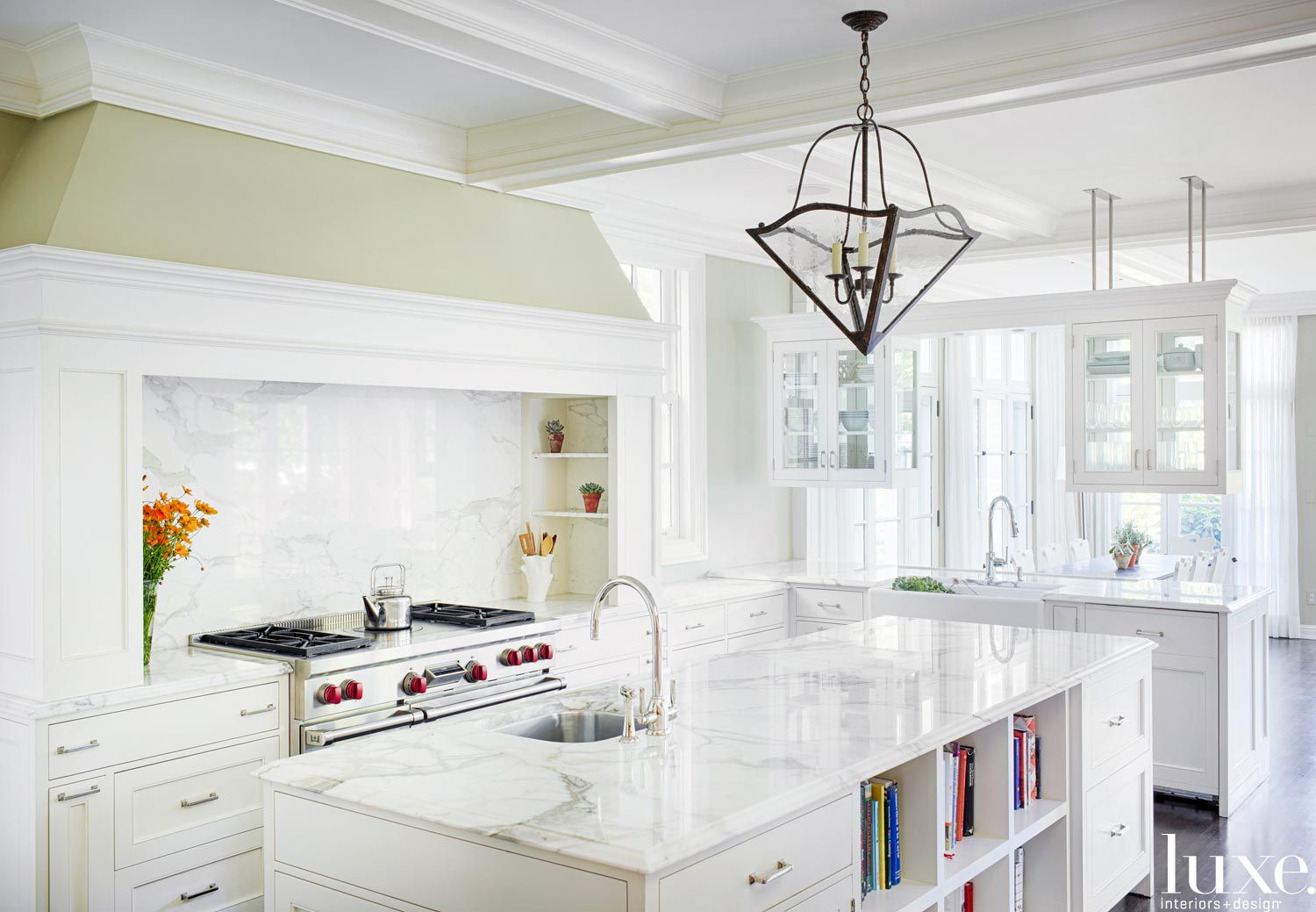 Traditional White Kitchen with Hanging Cabinetry