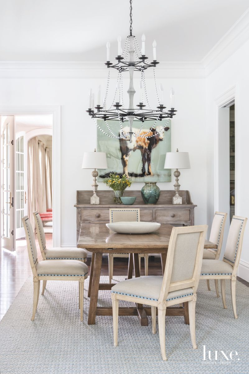 Modern Chandelier in the Dining Room