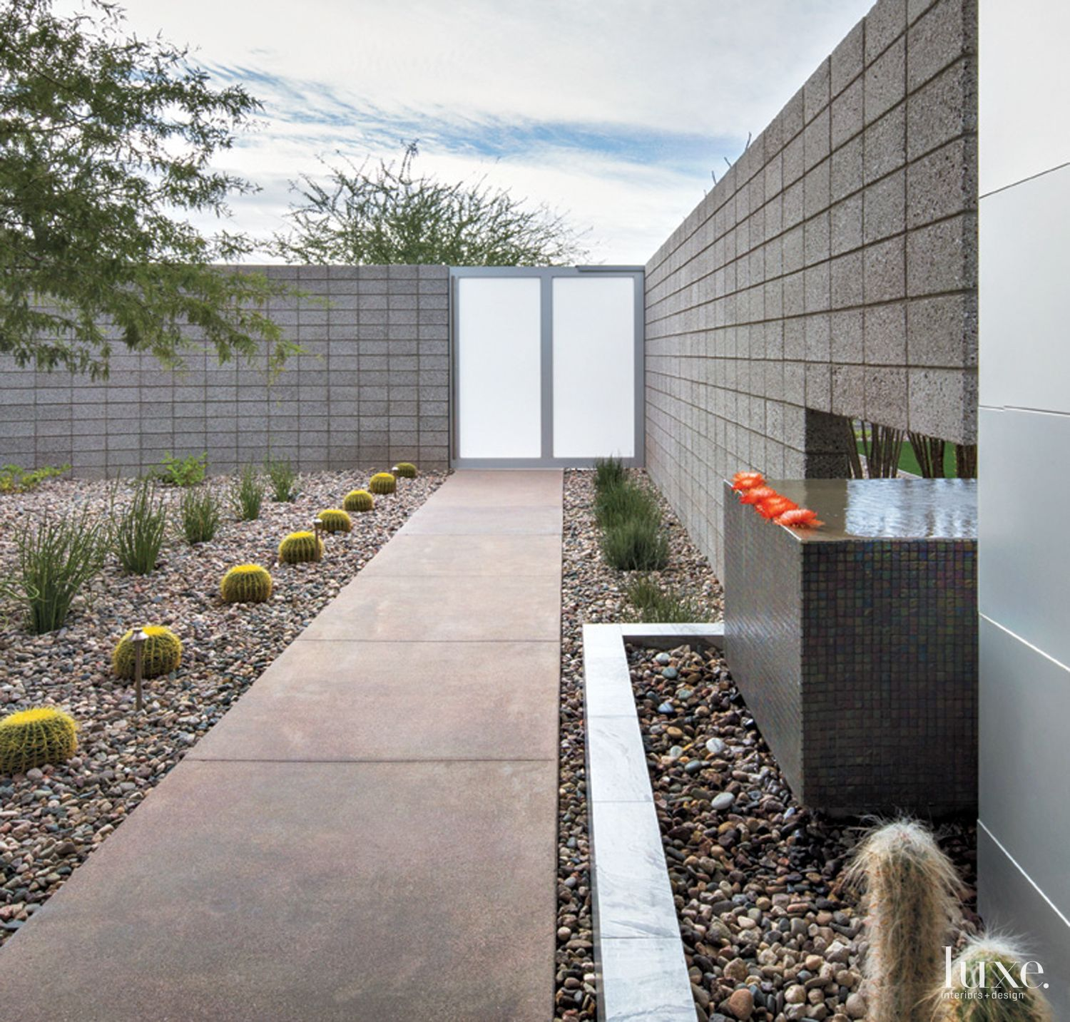 Modern Neutral Courtyard with Frosted Glass Gate