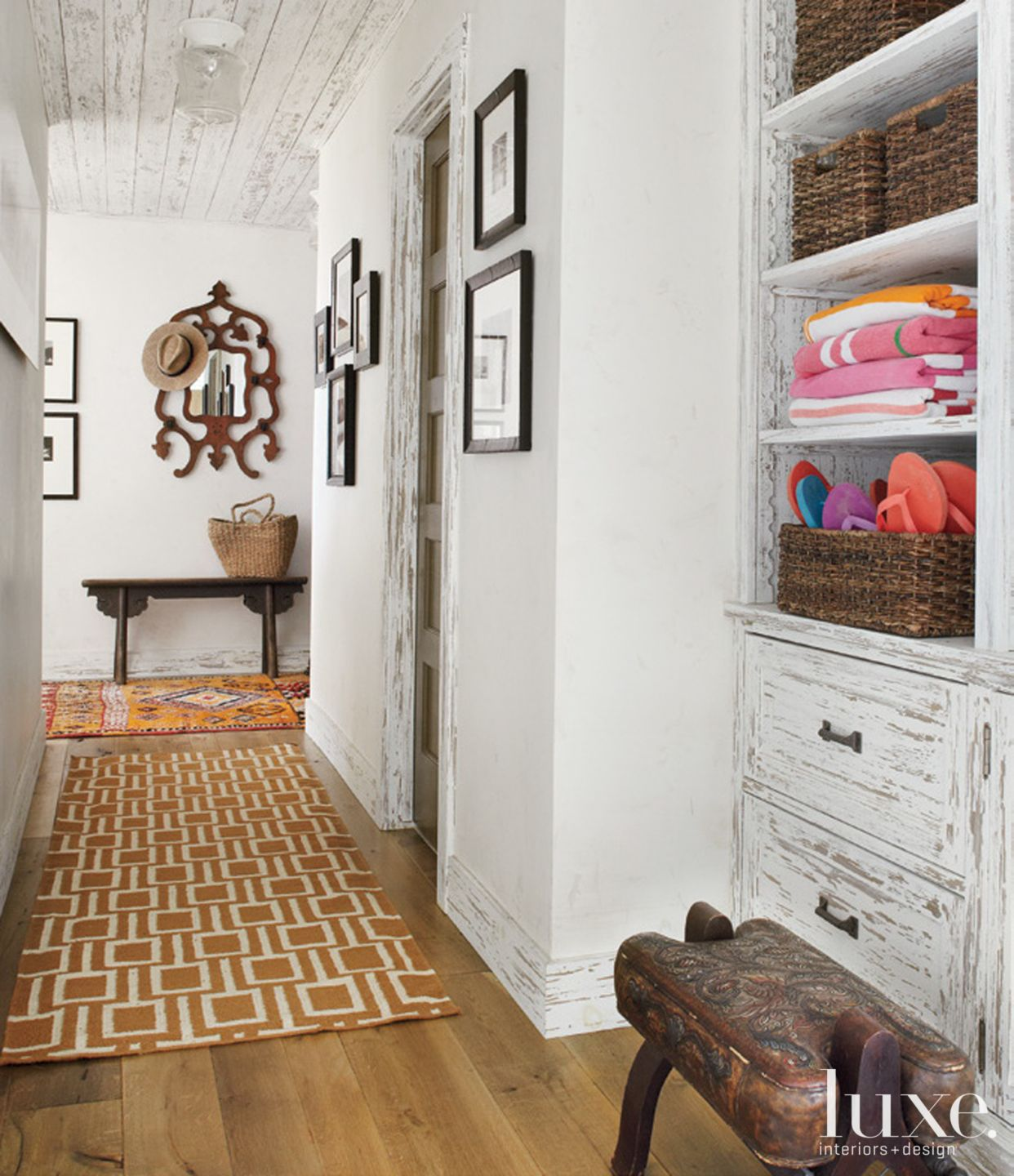 Country White Hall with Patterned Rug