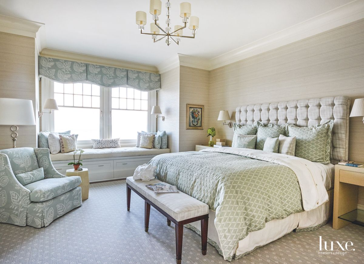 Soothing Atmosphere with Blues and Greens in a Guest Bedroom