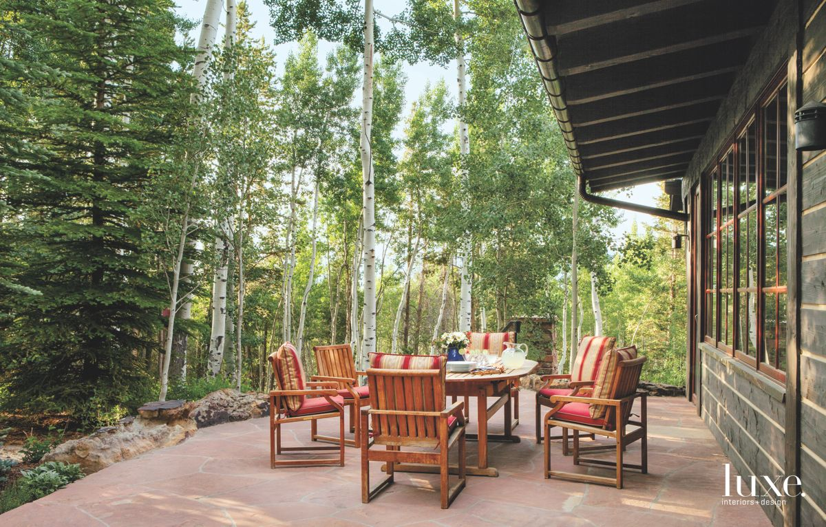 Cohesive Patio Feel Surrounded by Trees