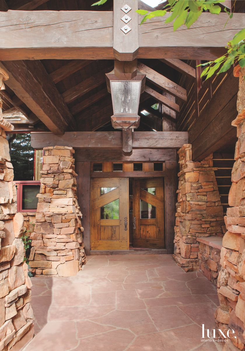 A Wooded Entryway