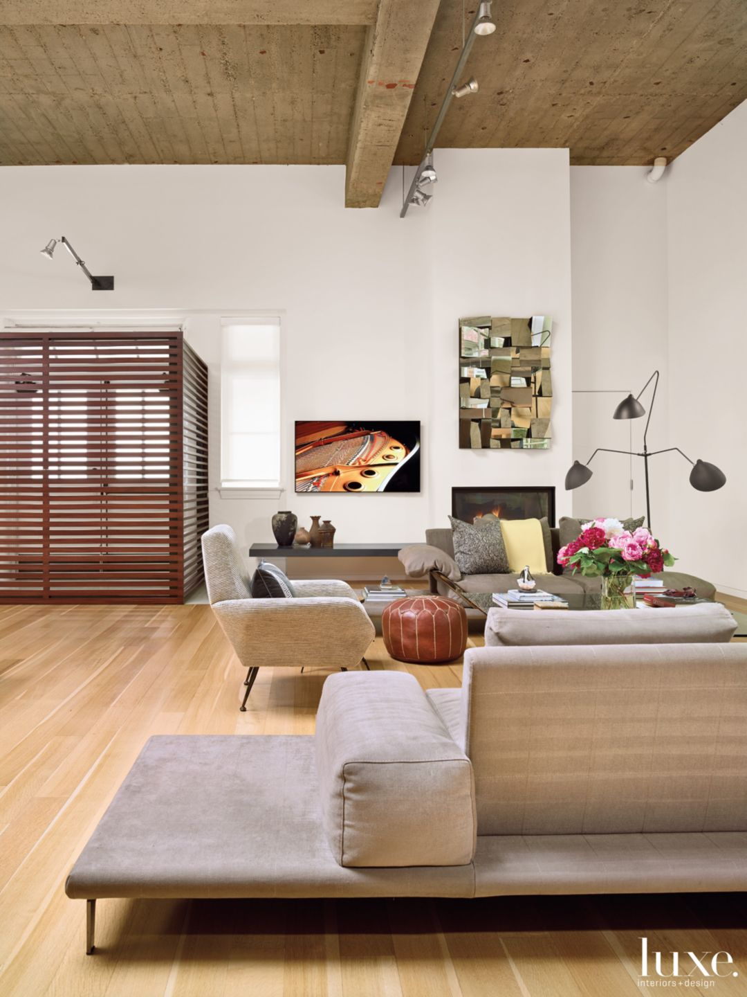 Modern Neutral Living Area with Three-Arm Floor Lamp