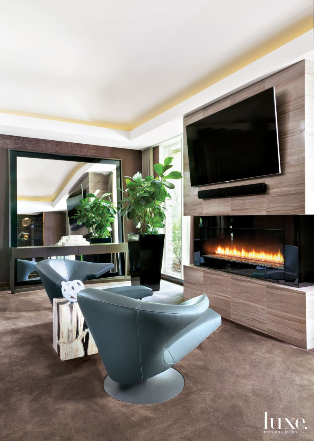 Modern Brown Bedroom Seating Area with Upholstered Walls