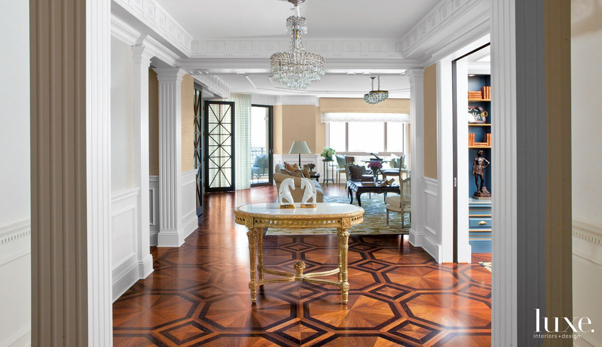Traditional Neutral Entry with French Gilt-Wood Table
