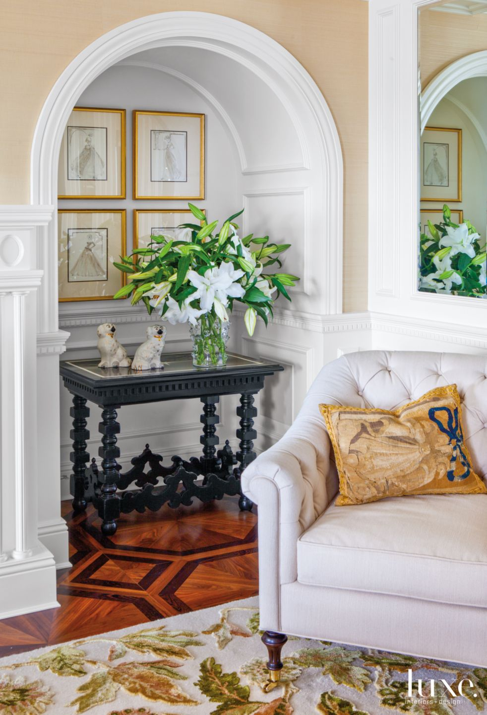 Traditional Neutral Living Room Niche with Bone Inlay Table
