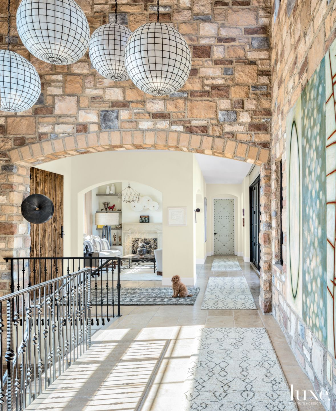 Transitional Neutral Entry with Stone Structure