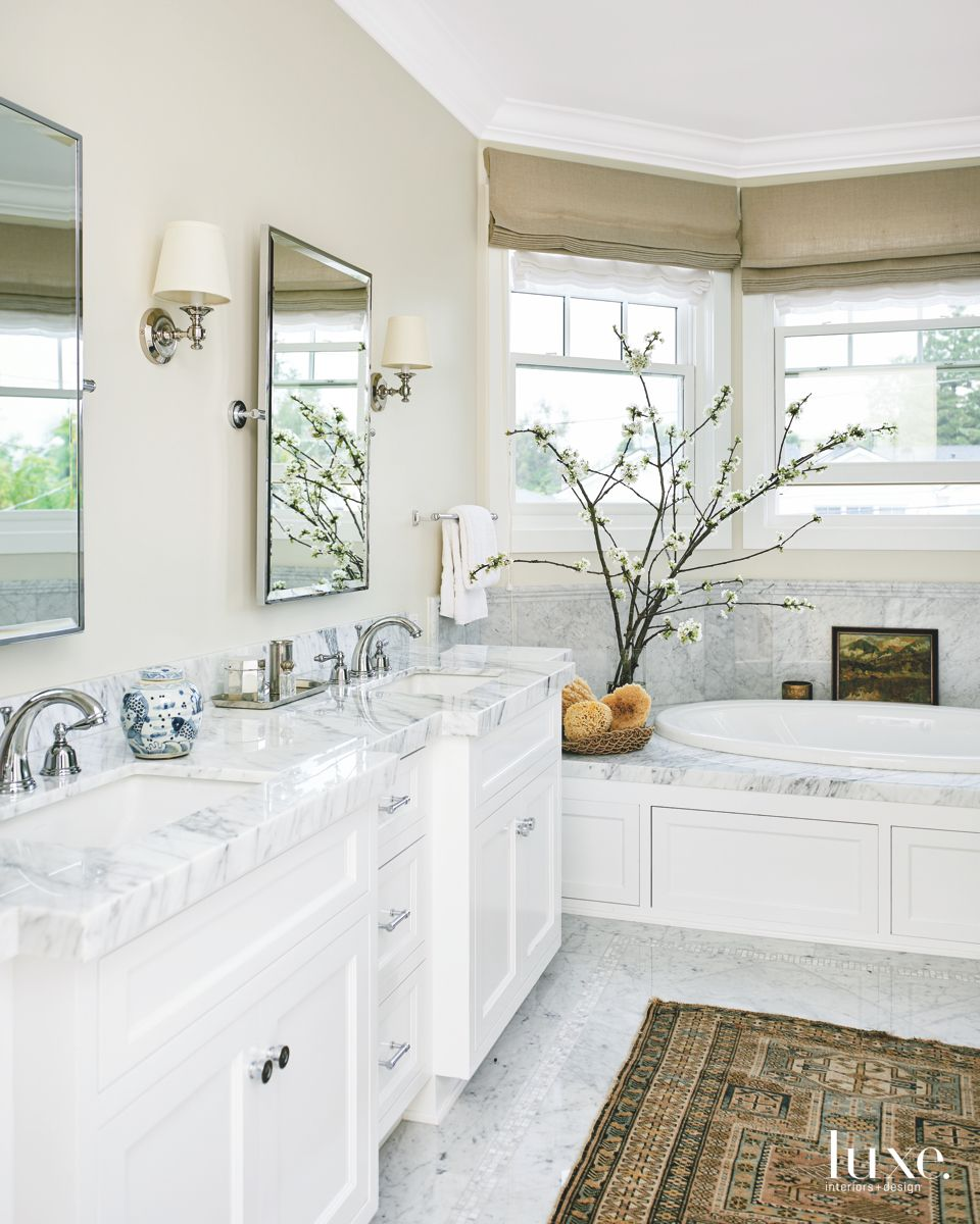 Textured Master Bathroom from Rug and Shades