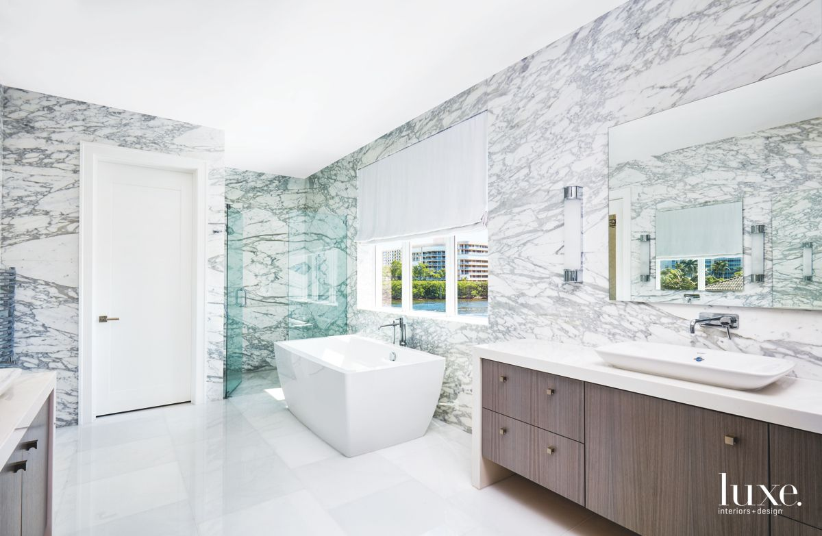 Gray and White Horizontal Book-Matched Master Bathroom Marble