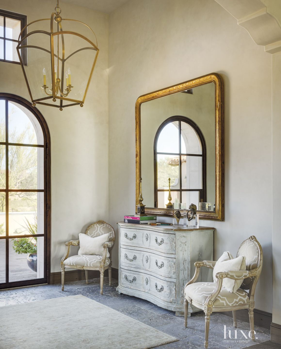 Mediterranean Cream Foyer