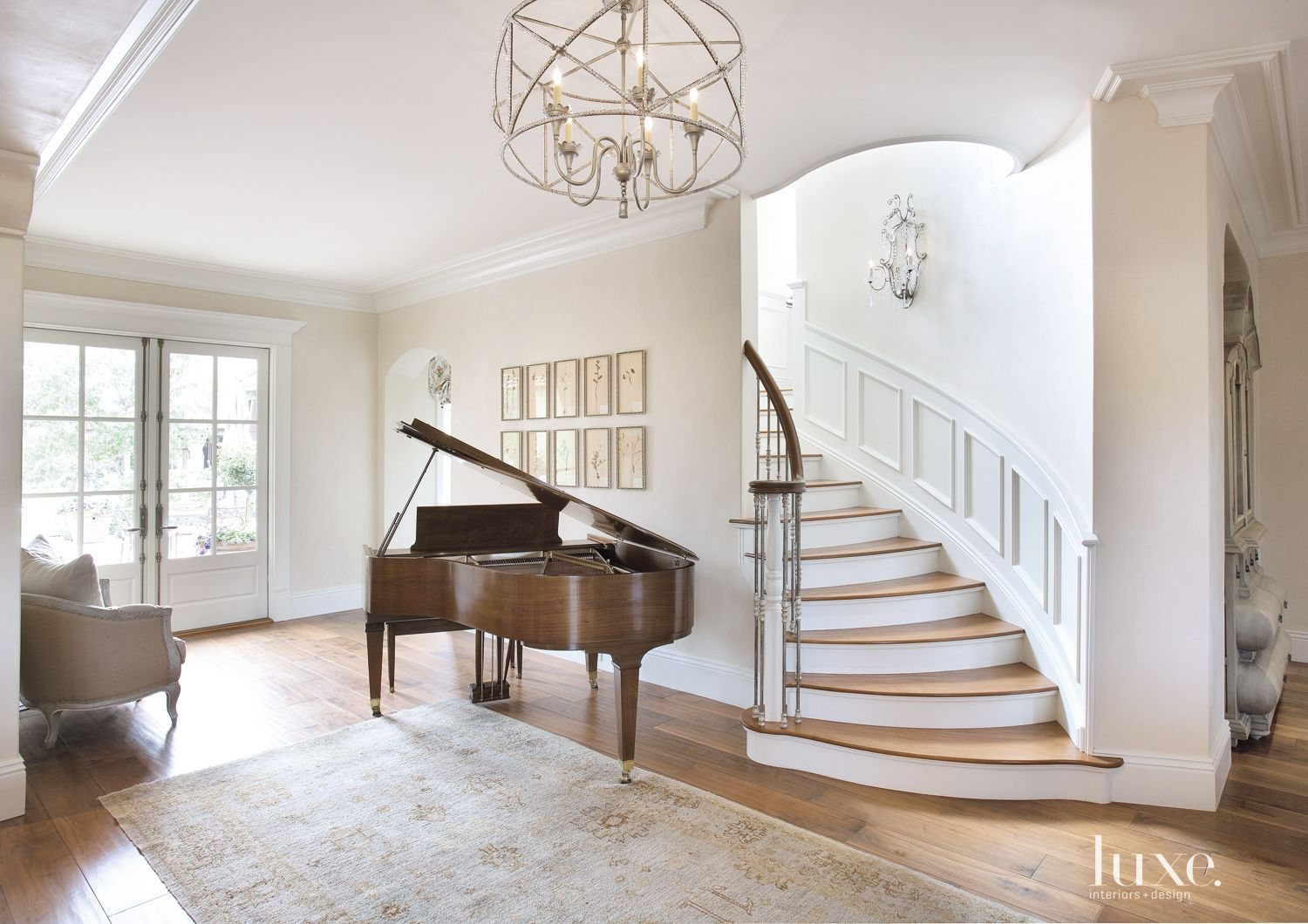 Country Cream Entrance Hall Piano