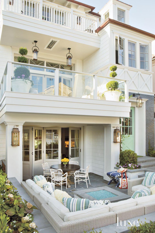Contemporary White Multi-Level Terraces