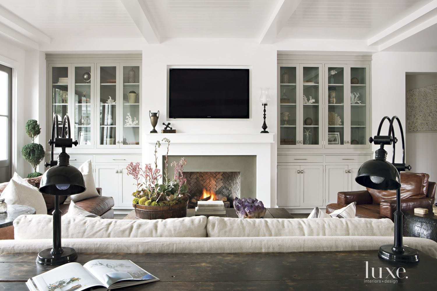 Contemporary White Farmhouse-Style Living Room